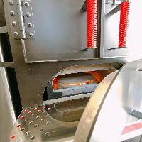 500度upの石窯で一気に焼き上げるPizzaは新しいおすすめです!