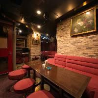 二次会利用におすすめ。贅沢なカラオケ個室赤坂倶楽部