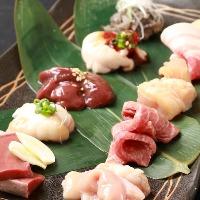 コース限定【12点肉盛】! 少しずつ12種類の味を食べ比べ♪