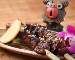 で〜じま〜さん!沖縄のブランド豚を使った焼きトン☆