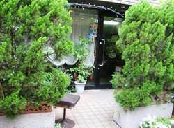 JR尾久駅からすぐ。