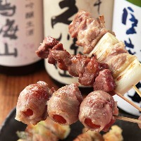 串焼きも新鮮生肉を使用!身の引き締まったぷりぷりの食感が◎