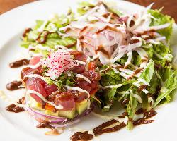 和食の枠に留まることなく、様々な要素も調和した和創作料理。