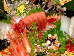 寿司に次いで刺身も「たべごろの」のメインデッシュ!!