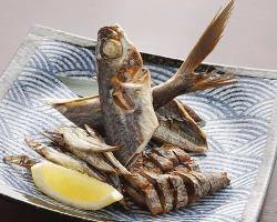 干物盛り合わせ <とび魚・きびなご・かつお腹皮>