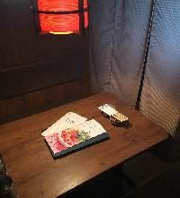なごみのテーブル席や個室なら、 ほっと寛ぐ宴のひとときを!