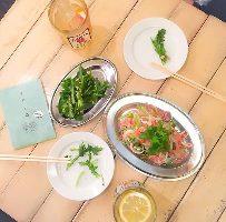 アジア各国の屋台料理をちょっとずつ愉しめます