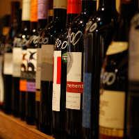 スペイン各地のワインを 常時60種以上取り揃えています!