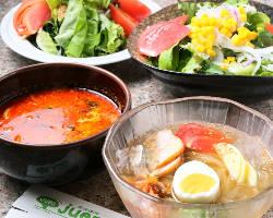 季節限定の自家製冷麺やカルビクッパなど逸品料理も豊富にご用意