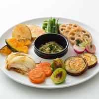 BIKiNiで最も人気のある商品のひとつ季節野菜のプランチャ