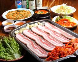 サムギョプサル焼肉