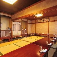 【和情緒溢れる空間】 日本古来の建築様式を用い合わせた個室席