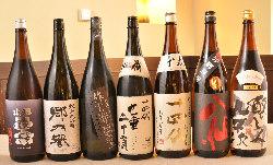 当店利き酒師厳選の日本酒を多数取り揃えております。