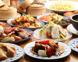広東料理をベースに日本人の口に合う味付けで本格中華をご提供。