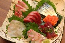 新鮮!刺身大漁盛り!このボリュームで1980円!(税抜)