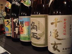 和食に合う焼酎、日本酒をご用意。新しい銘柄も続々入荷中です。