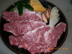 丹波黒和牛、新鮮なシーフード、自家栽培の無農薬野菜