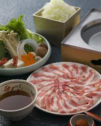 〈つゆしゃぶ〉 豚×つゆ×薬味の三位一体で織り成す新しい料理
