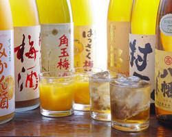女性の方に人気のみかん酒と梅酒。勿論!焼酎や日本酒もあります