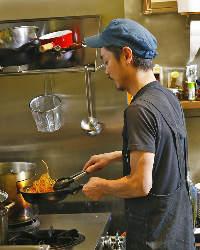 料理経験豊富なシェフが手作りの欧風料理で魅せてくれます