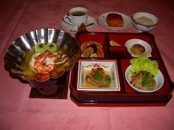 コローレ鍋会席 ★冬に暖かい鍋はいかがですか?