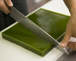 濃厚な宇治抹茶を使用した寒天は、手作りの美味しさが楽しめます