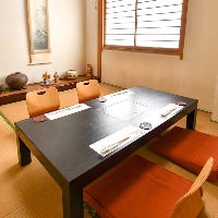 少人数の座敷個室から24名様可能な広間まで、多彩なお席を用意