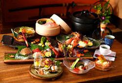 新鮮な食材をふんだんに使ったコース料理。