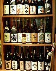 豊富な種類が揃う地酒・焼酎