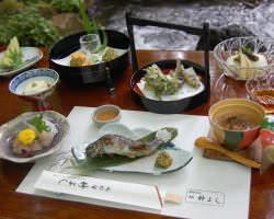 川床料理 竹コース 8750円