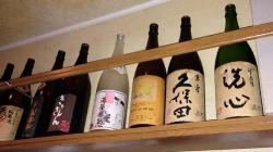 美味しい地酒や冷えた生ビールなど、飲み物も揃っています。