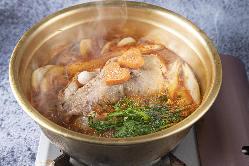 魚はまる!日替わりの焼き、煮物が魅力。