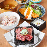 【冬の味覚の代名詞】広島産牡蠣フライ定食 1,180円