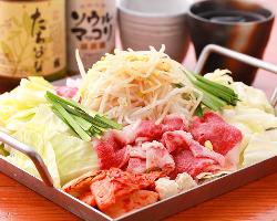 辛いこのメニューが人気 本場の味を再現!韓式鉄鍋