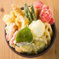 食べたい天ぷらのせ放題!天丼ランチは破格の800円
