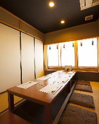 少宴会から団体様まで個室のご利用可能