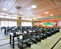 人数に合わせたお部屋をご用意 220名まで収容可能の大広間あり