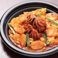 韓国で激辛料理として知られているタコ料理「チュクミ」新登場!