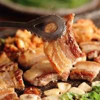 忘新年会に最適!サムギョプサルと韓国料理食べ放題コース♪