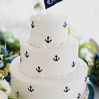 ウェディングケーキのご用意も可能な、人気の結婚式二次会プラン