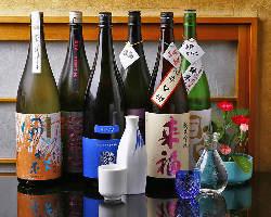 季節ものの日本酒も各種取り揃えております
