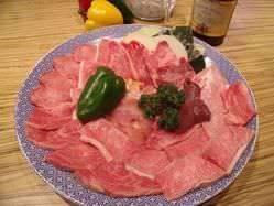 ◎特選セット◎ 上質な肉で2~3人様から家族連れに人気です♪