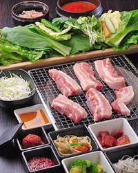 《大人気 サンパコース》 野菜とおかずが食べ放題!