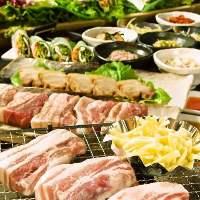 お野菜10種類以上が食べ放題 皆さんのお席にお持ちします♪