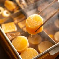 【白焼き】 つくねのように卵黄とわさびを付けて召し上がれ
