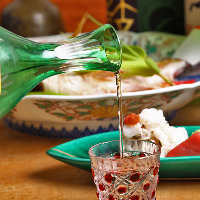 〈美酒多数〉 全国より厳選した日本酒やプレミアム焼酎など多数