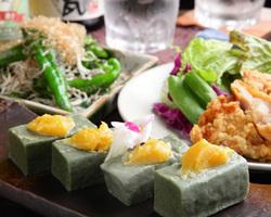 旬なお野菜や素材を活かした京都ならではのお料理をご提供