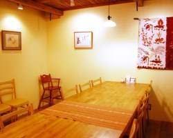 大人気の個室(6名~10名様) ゆっくりお食事をどうぞ!