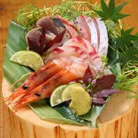 季節を楽しめる鮮魚も当店の自慢。魚本来の甘みを堪能して。
