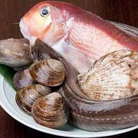 仕入れにこだわった 旬の天然鮮魚お造り盛り合わせ